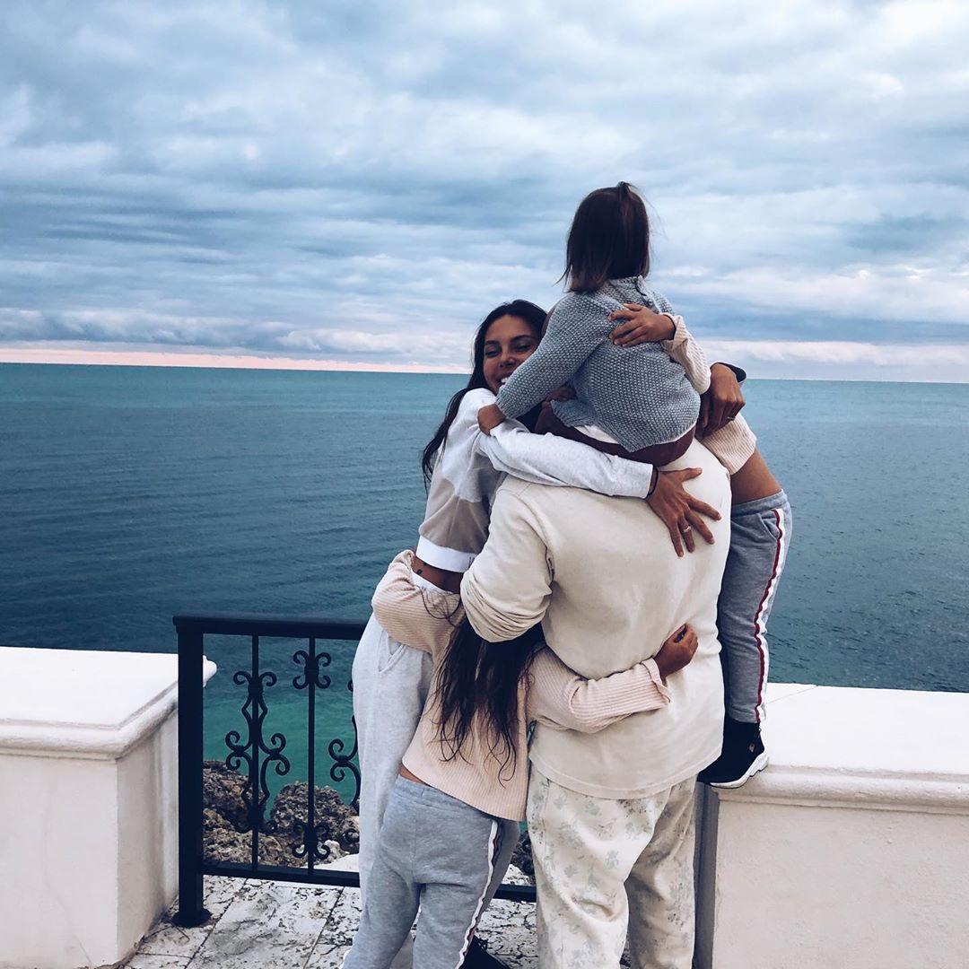 Мне не оставили выбора: Оксана Самойлова подает на развод