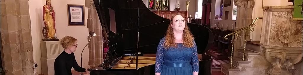 Wendy Silvester, Mezzo-soprano