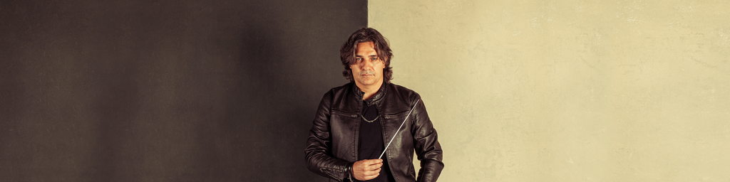 Roberto Gianola, Conductor