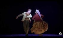 Producción de Teatro de la ZarzuelaMiguel Ángel Gómez Martínez (dirección musical); Alfredo Sanzol (dirección de escena y adaptación del texto); Alejandro An...