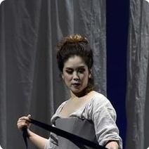 Silvia Lee