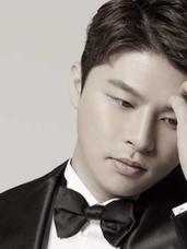 Myung-in Lee