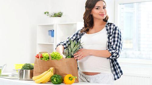 8 Pantangan Makanan yang Berbahaya untuk Ibu Hamil