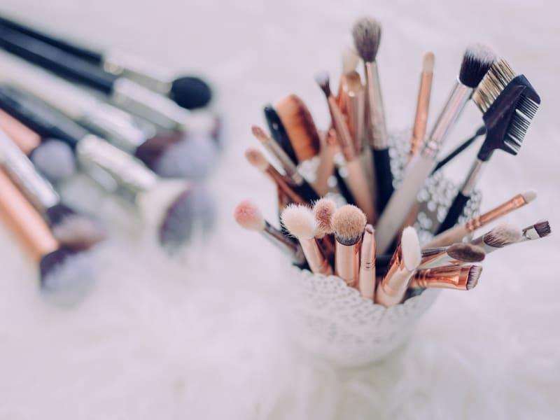 Imagem de destaque do post Maquiagem simples para festa: passo a passo