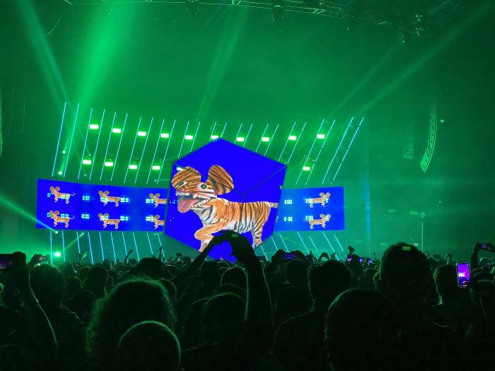 deadmau5 performing live