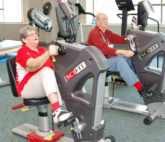 Lake Regional Cardiac Rehab patients Jan Stone and Bob Anderson celebrate Cardiac Rehab Week 2018.