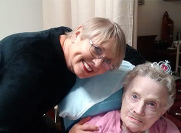 Volunteer for hospice at Crossing Rivers Health in Prairie du Chien Wisconsin