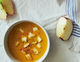 Squash soup with apples in it.