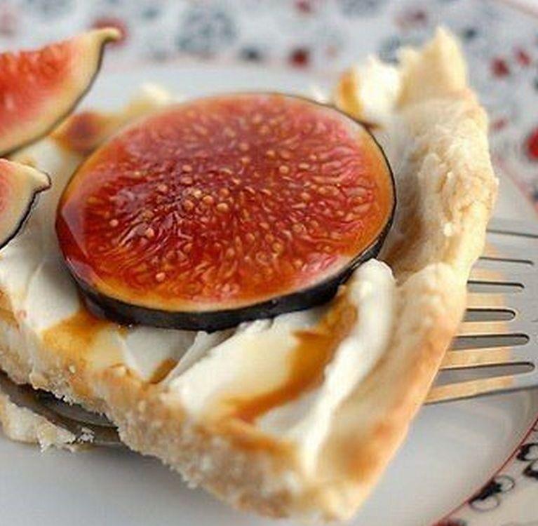 Десерт с инжиром и Маскарпоне