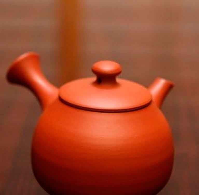 Кюсу — японский глинянный чайник