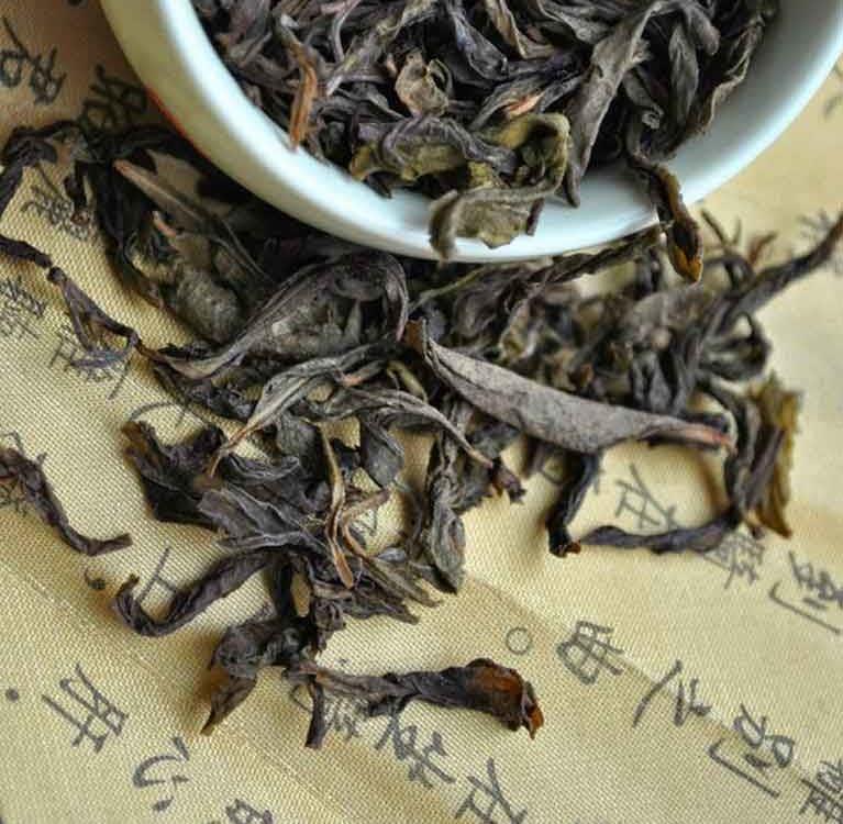 Бай Цзи Гуань (Bai Ji Guan, 白鸡冠)