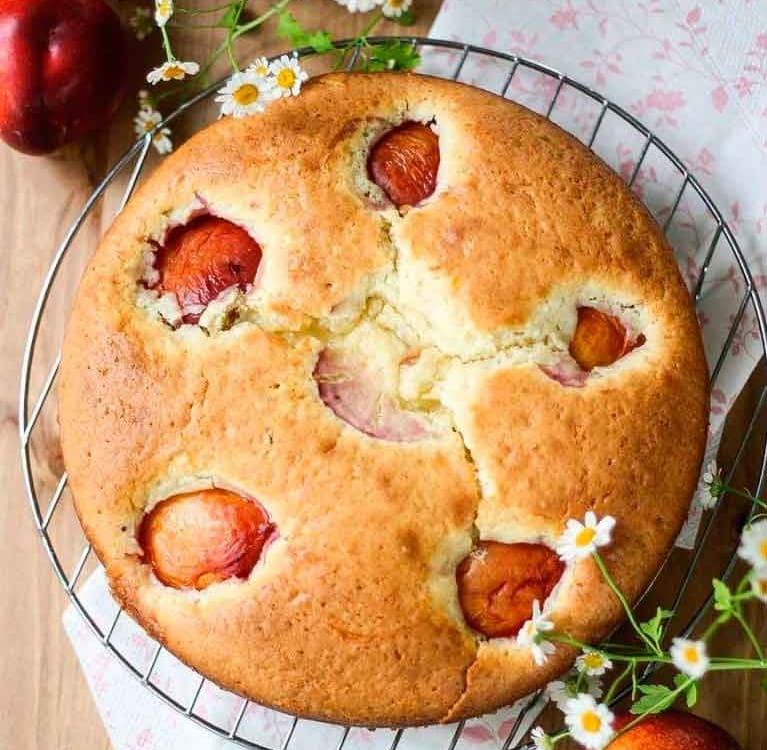 Пирог с нектаринами(персиками)