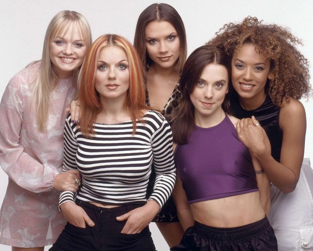 Мел Би отреагировала на критику фанатов после первого концерта Spice Girls