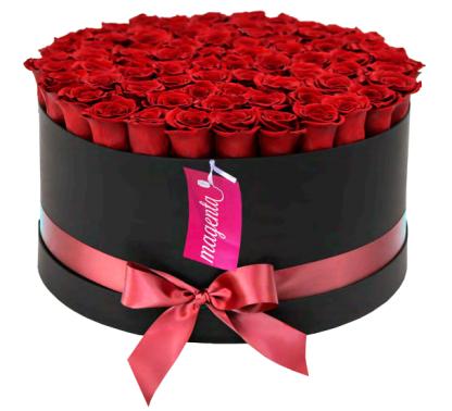 Etyernity - Rosas en caja elegante de cartón