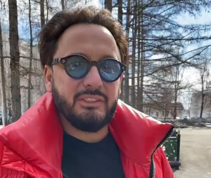Пластический хирург рассказал о возможных операциях помолодевшего Стаса Михайлова