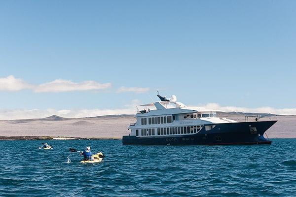 Origin's 15-Day Itinerary 'B+A' Day Ten - Kayaking.
