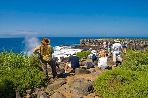 Endemic's 8-Day 'B' Itinerary Day Three - Espanola Island.