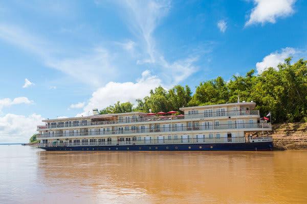 Mekong Navigator's 5-Day Upstream Itinerary Day Three - Boat Exterior View