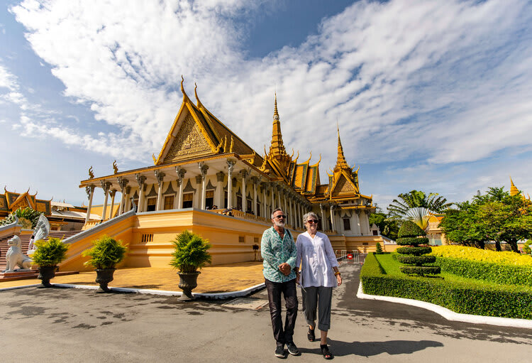Mekong Navigator's 8-Day Upstream Itinerary Day Four - Phnom Penh