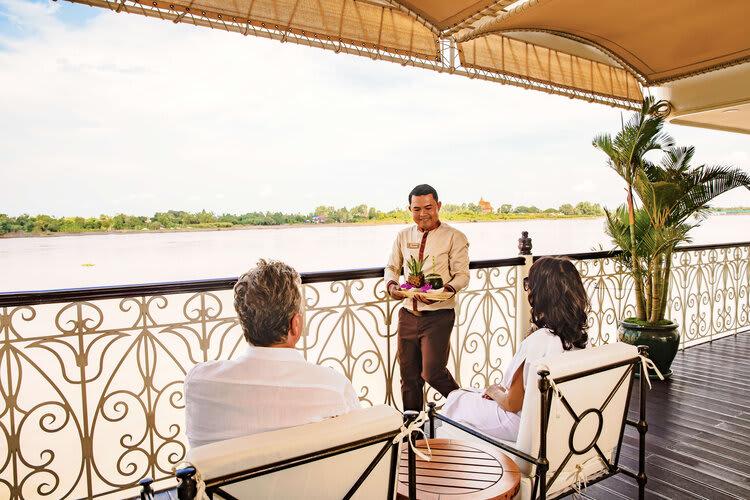 Mekong Navigator's 8-Day Downstream Itinerary Day One - Staff