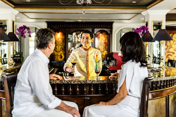 Mekong Navigator's 8-Day Downstream Itinerary Day Seven - Bar