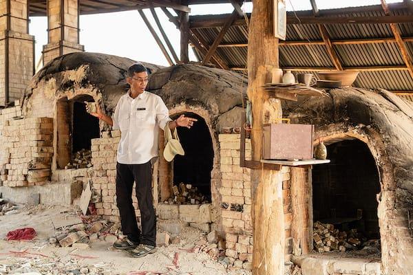 Aqua Mekong's 5-Day Mekong Explorer Downstream Day Three - Pottery Village Visit