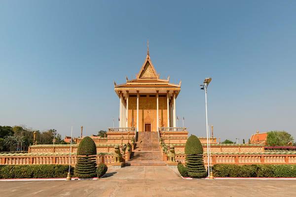Aqua Mekong's 8-Day Mekong Expedition Downstream Day Four - Phnom Penh