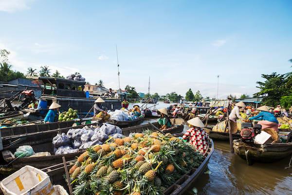 Jayavarman's Serenity Cruise Upstream Day One - Cai Rang Floating Market