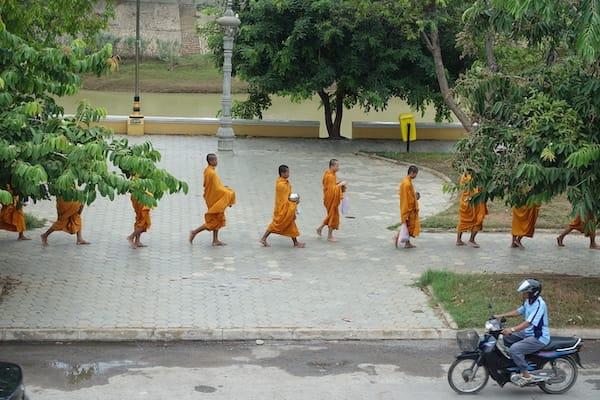 Jayavarman's Serenity Cruise Upstream Day Four - Monks on the Street