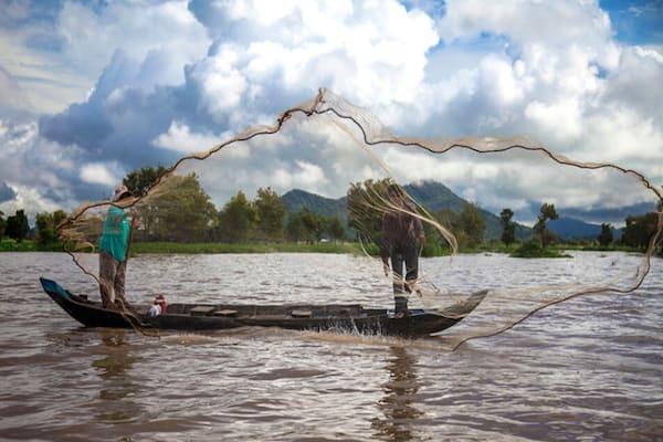 Jahan's Serenity Cruise Upstream Day Two - Fishing on Tonle Sap Lake
