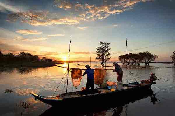 Mekong Pandaw's 8-Day Classic Mekong: Saigon - Siem Riep Day Five - Local Life on Mekong Delta