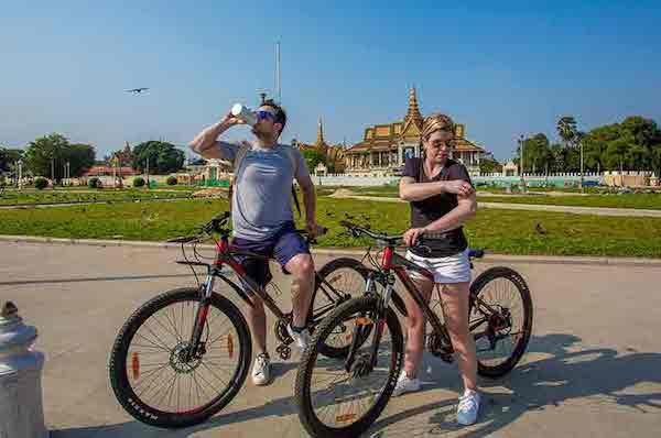 Mekong Pandaw's 8-Day Classic Mekong: Siem Reap - Siem Saigon Day Four - Excursion on Bike in Phnom Penh