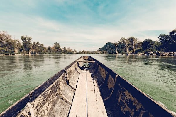 Anouvong's 10-Day Laotian Serendipity Day One - Excursion on local boat
