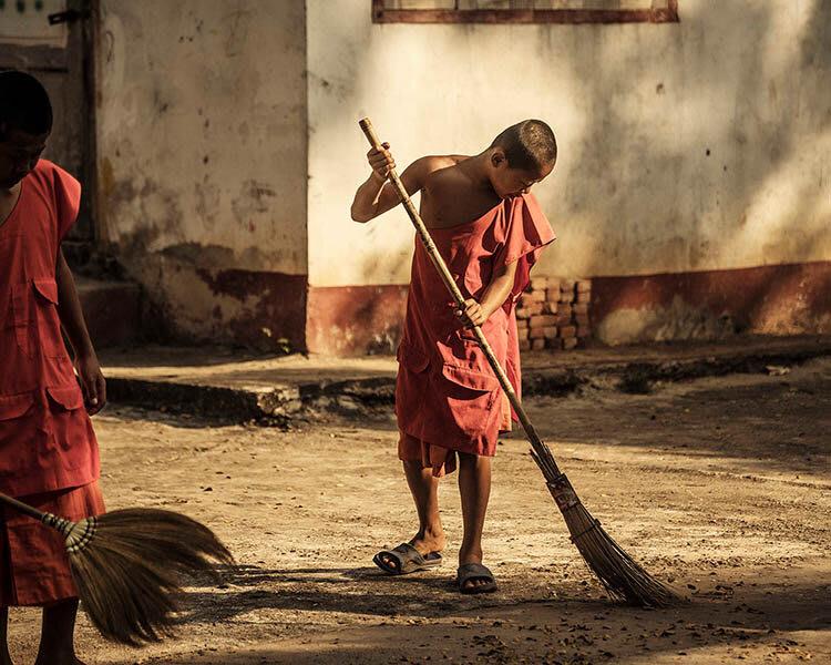 Gypsy's 4-Day Luang Prabang to Chiang Saen Day Three - Monks