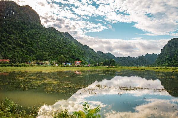 Ginger's Hidden Worlds Day One - Lan Ha Bay