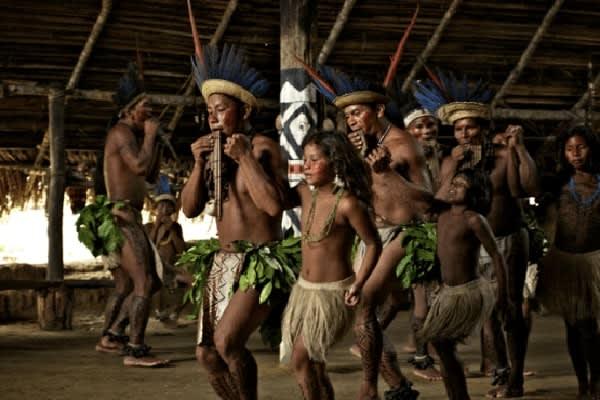 Jacaré-Tinga's 5-Day Jau National Park Cruise Day Four -  Indigenous Village Visit.