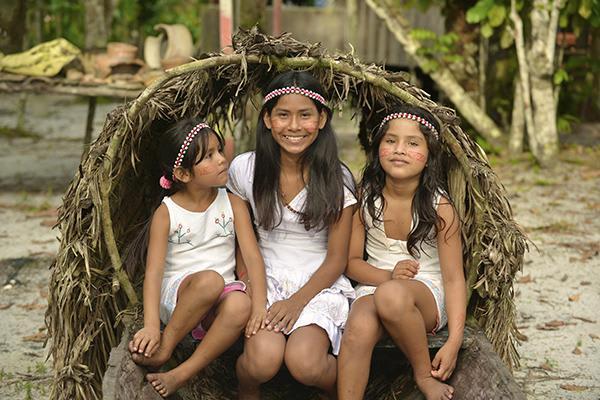 Jacaré-Tinga's 10-Day Acara Sierra Cruise Day Two - Visiting Native Communities.
