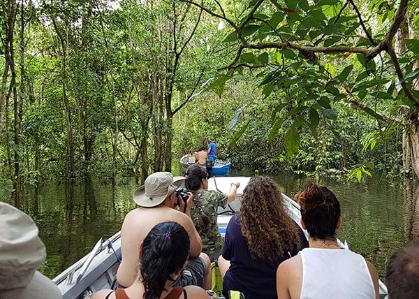 Jacaré-Tinga's 10-Day Acara Sierra Cruise Day Three - Skiff Excursion.