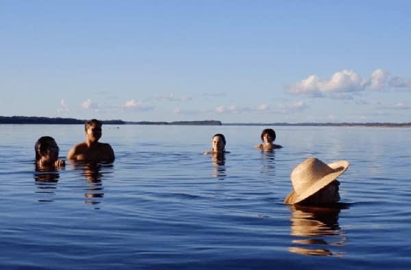 Jacaré Acu's 4-Day Anavilhanas Park Rio Negro Cruise Day Three -  Swimming Excursion.