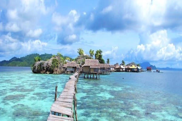 Katharina's Bali to Komodo - Day Eight - Tongean Island Sulawesi