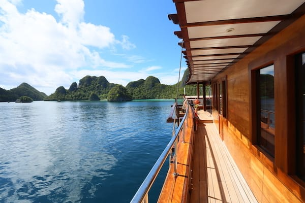Lamima's 8-Day Raja Ampat - Day Five - Sailing Around Raja Ampat