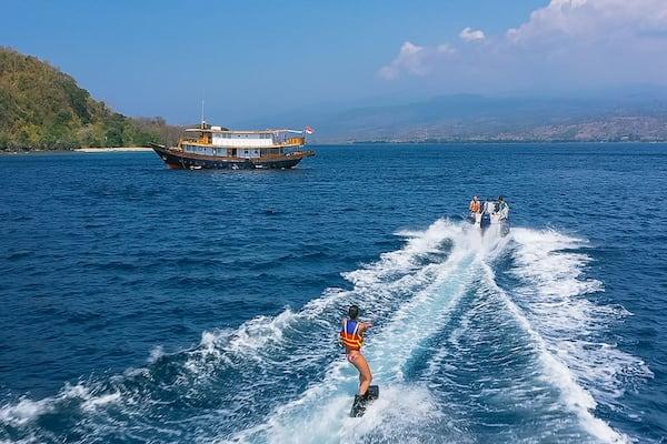 Rascal's 5-Day Komodo Islands - Day Four - Wakeboard