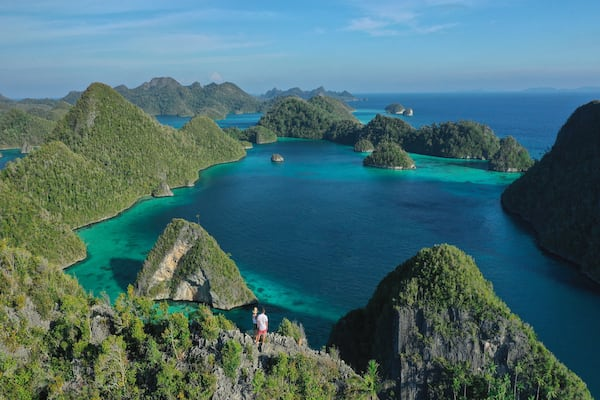 Rascal's 8-Day Raja Ampat - Day Two - Trekking with Stunning View