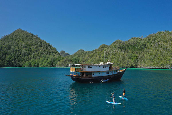 Rascal's 8-Day Raja Ampat - Day Three - Stand-up Paddle Board
