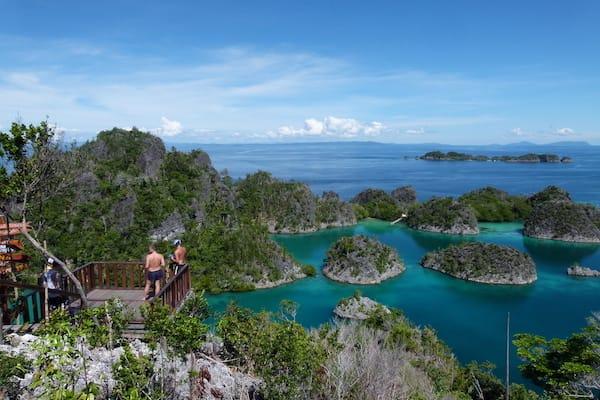 Lady Denok's 10-Day Komodo Cruise - Day Eight - Piaynemo Islands