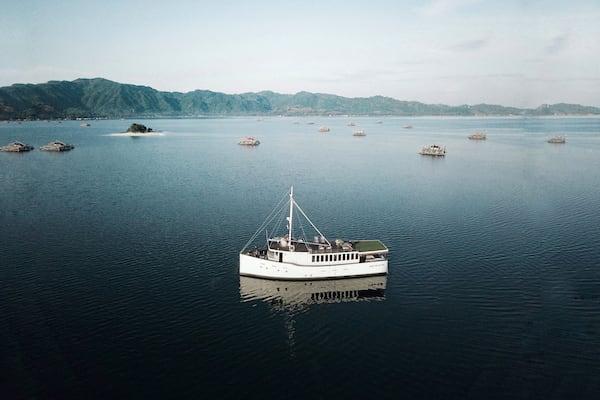 Splendour's 6-Day Komodo Cruise - Day Four - Splendour Anchoring