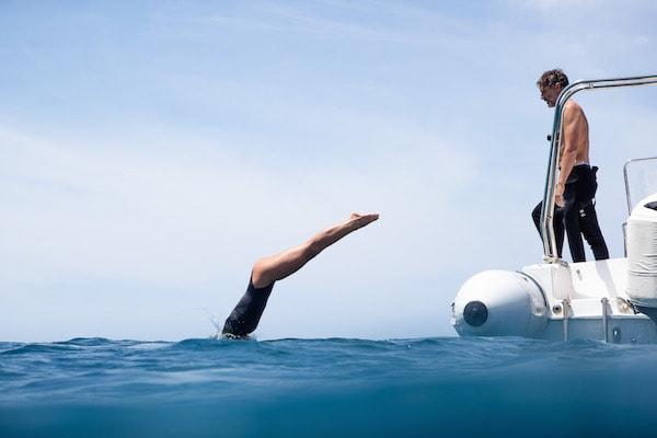 Dunia Baru's 7-Day Bali to Komodo - Day Five - Guests Enjoy Freediving