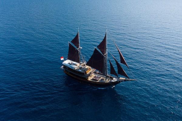 Dunia Baru's 11-Day Raja Ampat, West Papua & Papua - Day Two - Dunia Baru Drone View