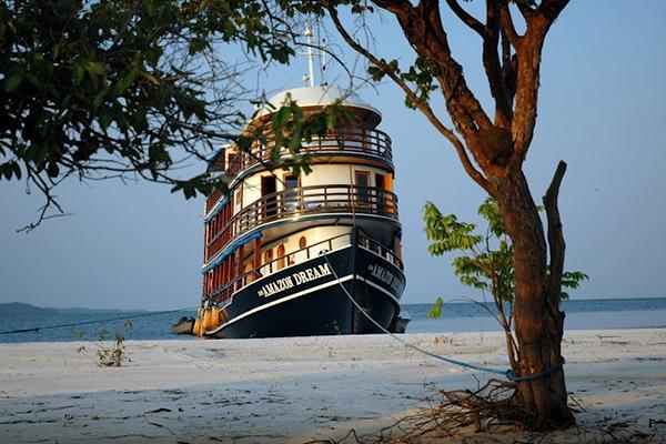 Amazon Dream's 6-Day Tapajos Cruise Itinerary Day Six - Disembarkation.