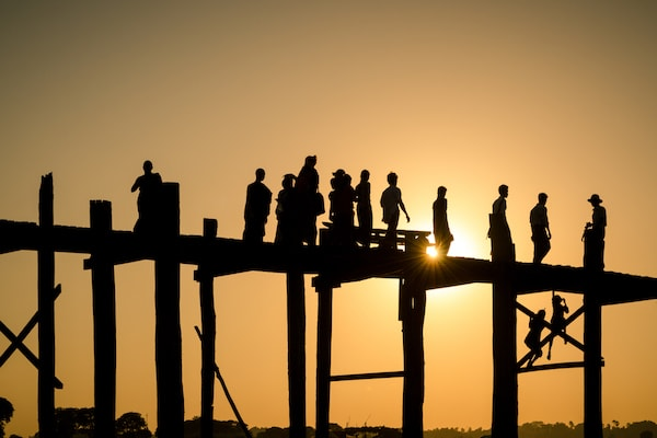 Sanctuary Anand's 5-Day Monywa Sailing - Day Five - The Famous U-Bein Bridge